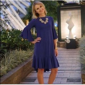 LulaRoe Maurine bell sleeve dress